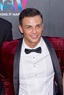Tyler De Nawi
