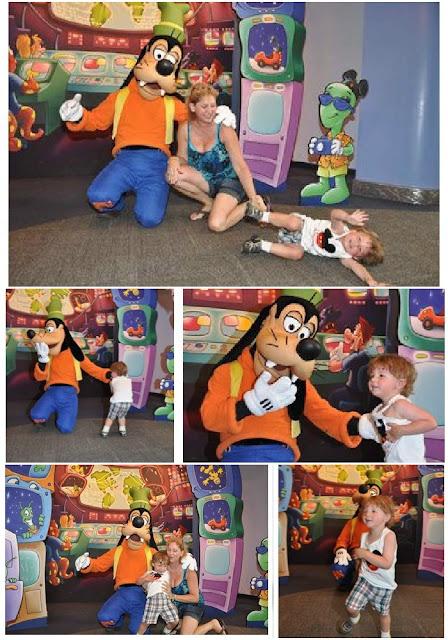 Goofy, Epcot, Mickey, Disney Characters