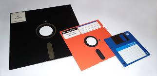 Perangkat Input Floppy Disk (Disket)