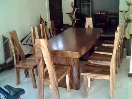 18 gambar meja makan model unik dan antik dari kayu jati