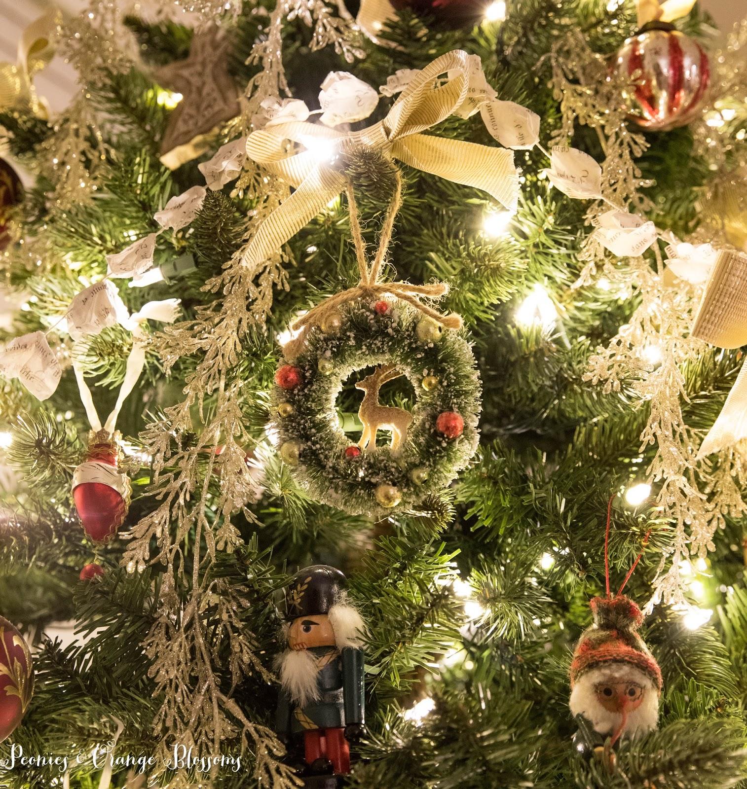 Vintage christmas tree ornaments - Classic Vintage Christmas Tree Ornament Ideas