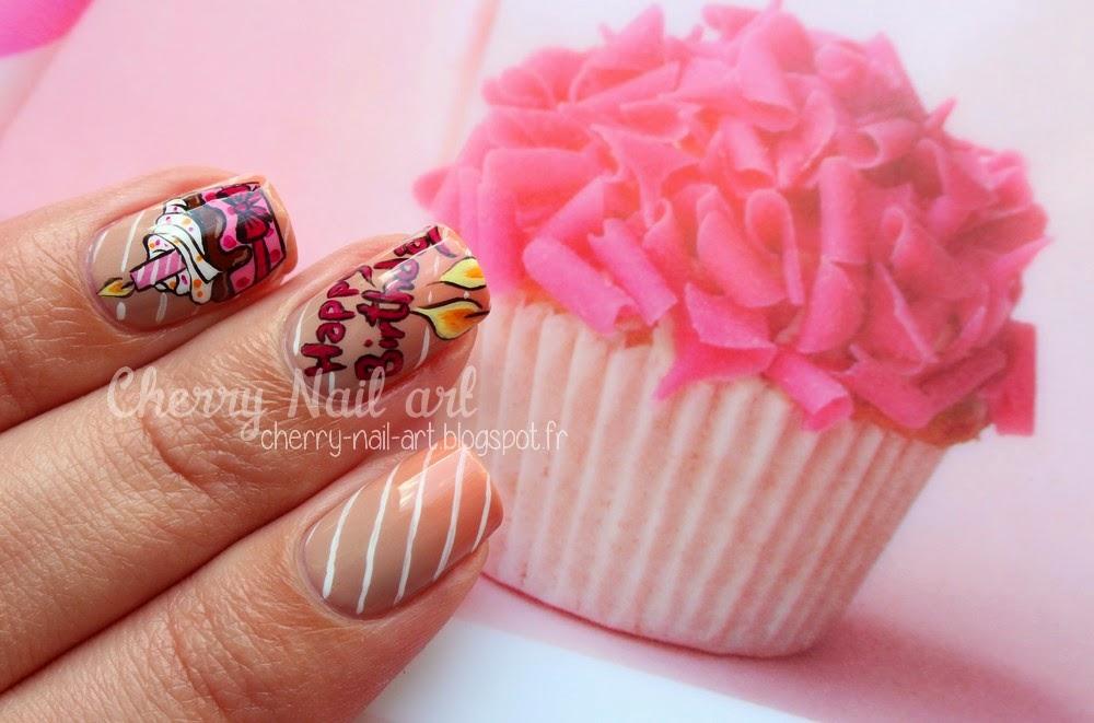 nail art cupcake d'anniversaire