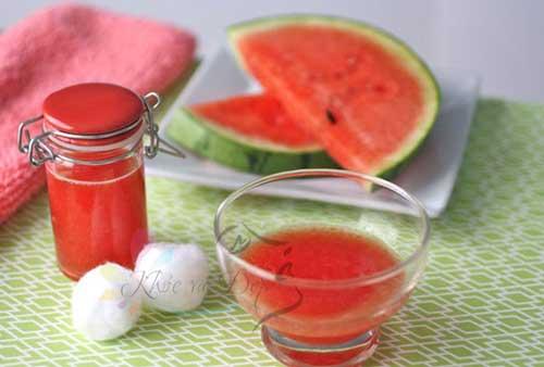 Làm trắng hồng da với công thức đơn giản từ quả dưa hấu