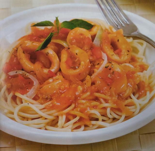 Resep Spaghetti Siram Saus Cumi