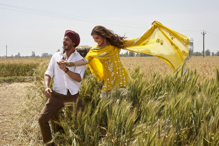 Shah Rukh Khan Launched 'Butterfly' Song from 'Jab Harry met Sejal' In Punjab