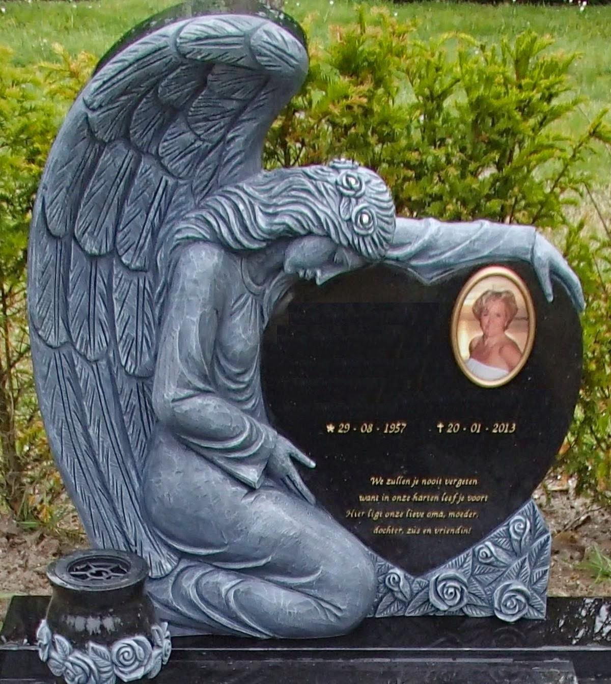 Grafsteen met engel