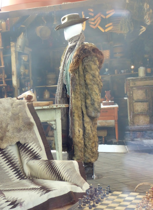 Hateful Eight Bob film costume