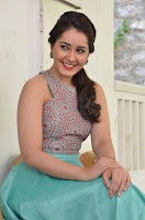 Raashi Khanna Latest Glamorous Photos HeyAndhra.com