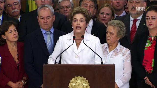 Dilma discursa no Palácio do Planalto após ser afastada pelo Senado