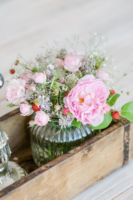 Von Blumensträußen und Regaldeko,Friday Flowerday, Pomponetti
