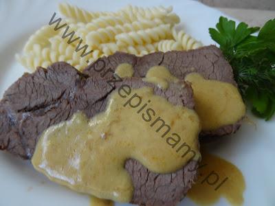 Wołowina w sosie musztardowym
