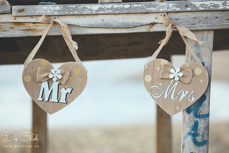 Mr Mrs corazones de madera decoración para bodas