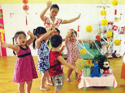 Dịch vụ giữ trẻ can ho thành thái quận 10