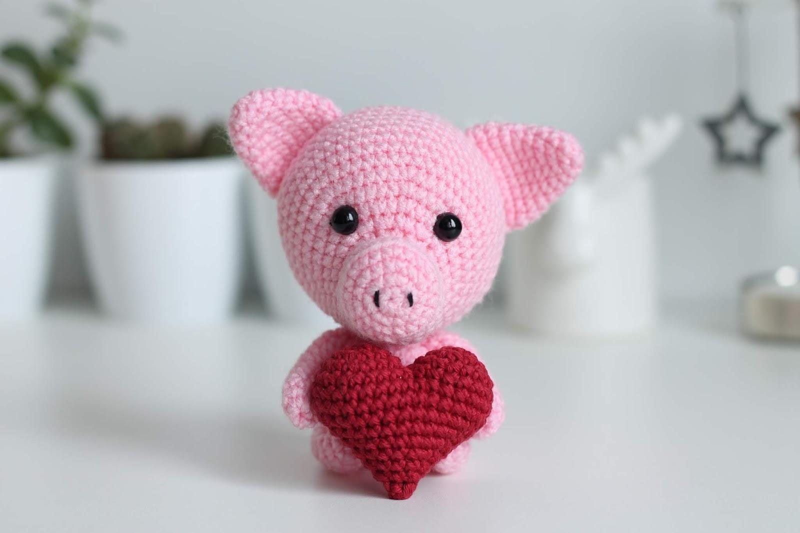 Easy Crochet Heart Free Pattern Knitted Story Bears