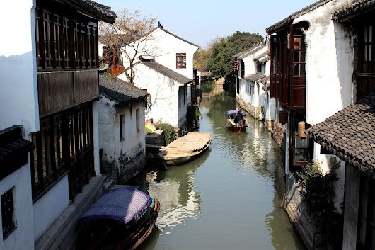 The Gourmet Couture: Travel Diary- Zhou Zheng (Ancient Chinese Water Town)