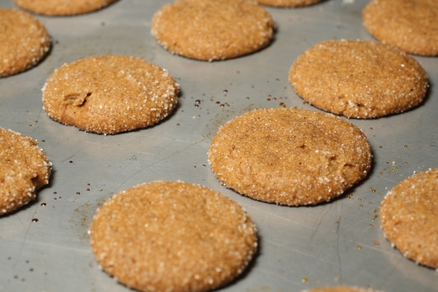 Galletitas de jengibre y canela / Ginger snap cookies