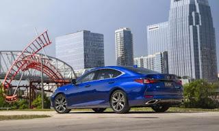 2019 Lexus ES price  blue colour
