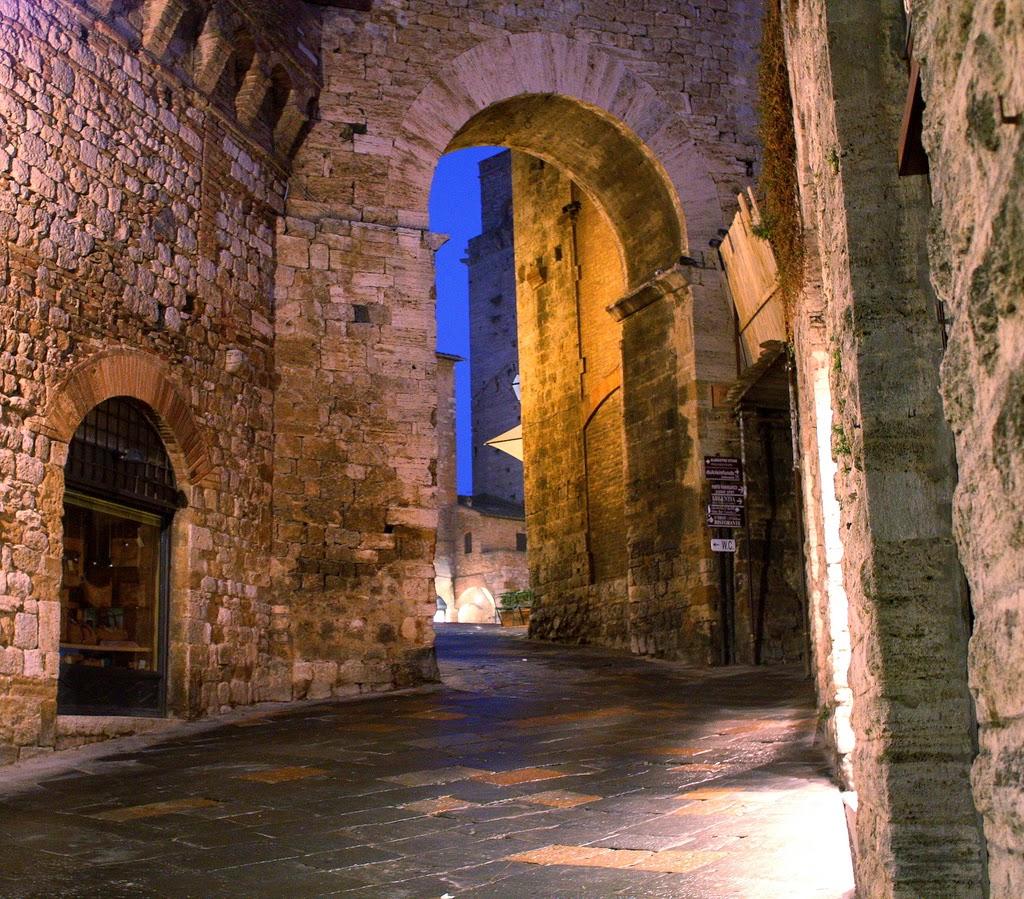 Ruas medievais de São Gimignano