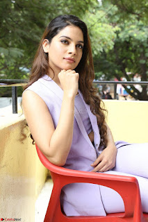 Tanya Hope in Crop top and Trousers Beautiful Pics at her Interview 13 7 2017 ~  Exclusive Celebrities Galleries 157.JPG