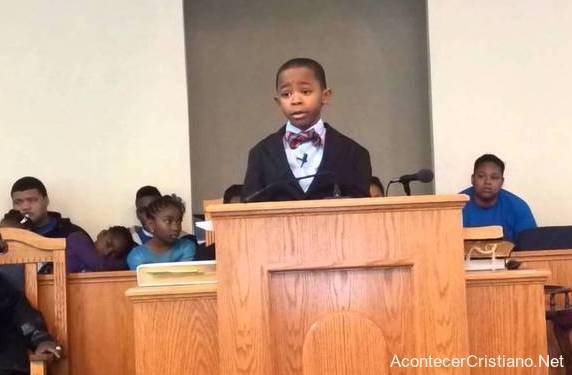 Niño predicador adventista