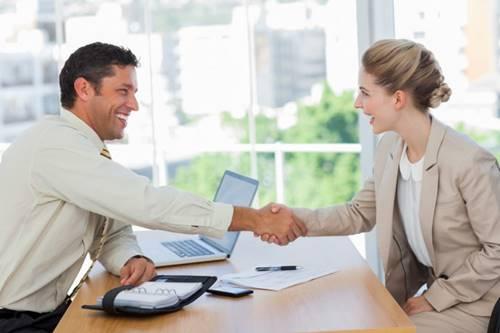 8 perguntas que você deve fazer em uma entrevista de emprego