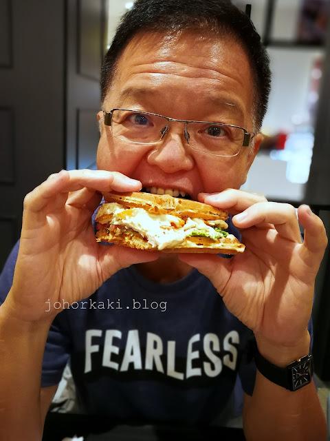 OLEG-gCafe-Charcoal-Burger-Waffle-City-Square-AEON-Tebrau-Dato-Onn