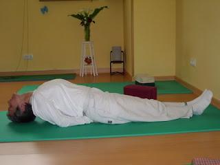 escuela de yoga sanatana dharma en sarÓn cantabria