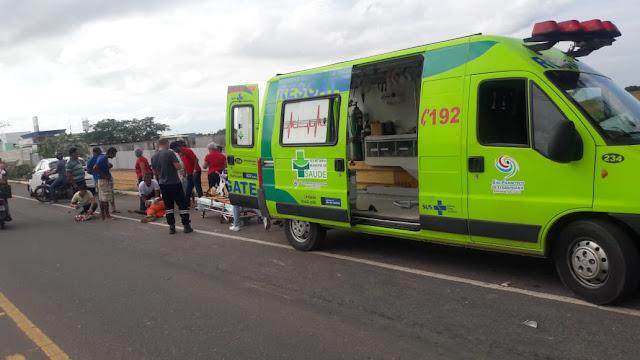 http://vnoticia.com.br/noticia/3174-carro-colide-com-moto-na-rj-224-na-chegada-de-sfi-e-deixa-motociclista-ferido