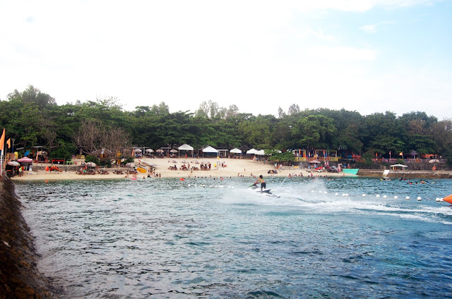 The Mactan Newtown Beach