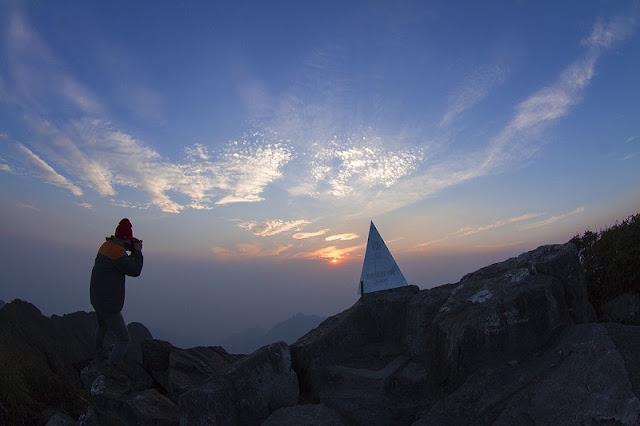 FANSIPAN MOUNTAIN GREAT VIETNAM ADVENTURE TOURS 4