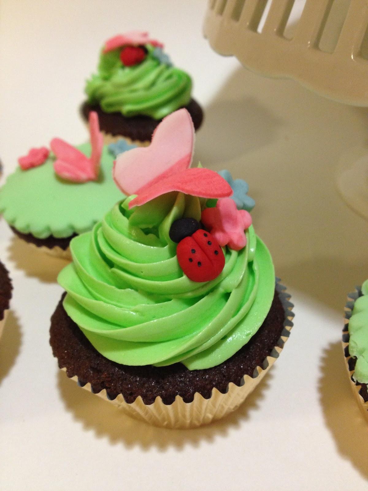 creamme bakeshoppe: laney garden party birthday cake