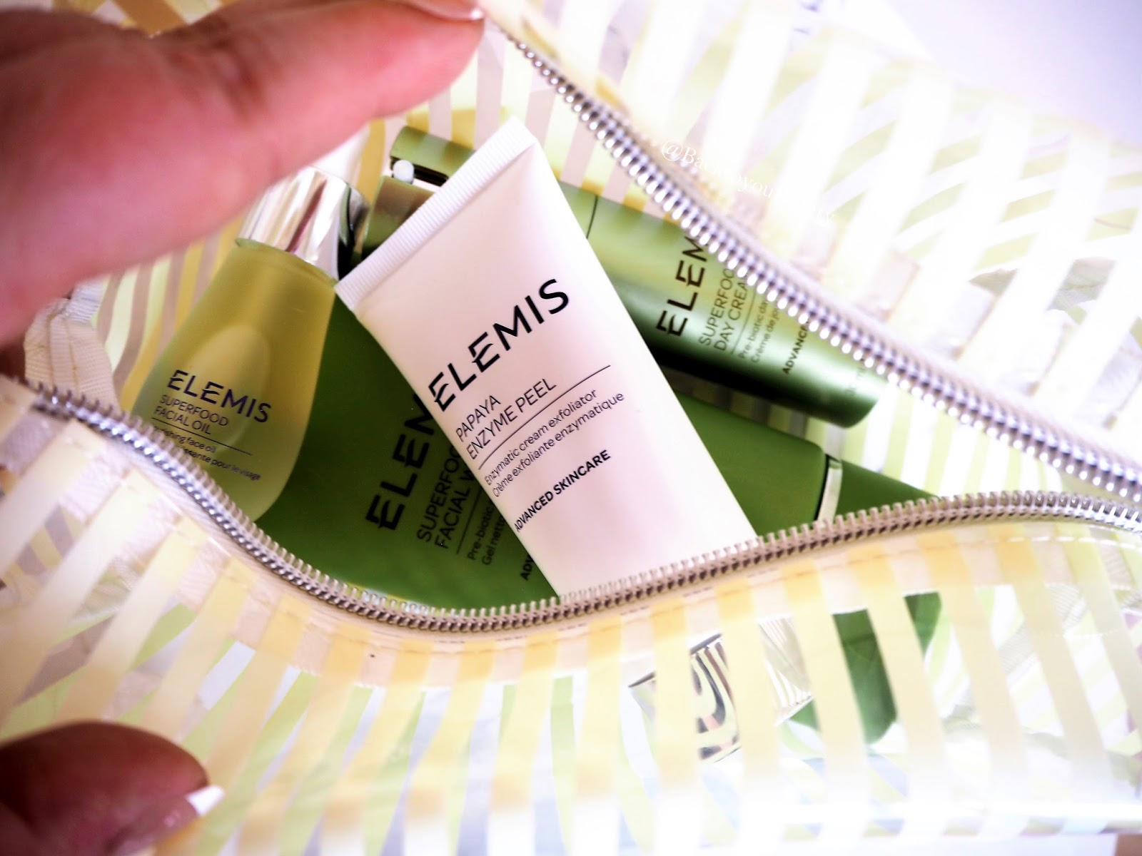 Elemis Superfood Cosmetics Bag