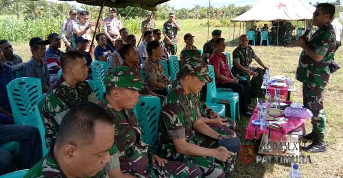 Pangdam XVI/Pattimura Mayjen TNI Suko Pranoto melakukan kunjungan kerja di Kabupaten Maluku Tenggara Barat (MTB), untuk meninjau lokasi pembangunan satuan militer berupa Batalyon Komposit di Desa Lorulung dan Desa Lauran.