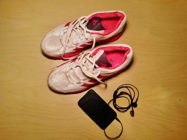 Running trainers and ipod