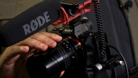 تعلم كيف تستخدم كاميرا سوني DSLR الخاصة بك