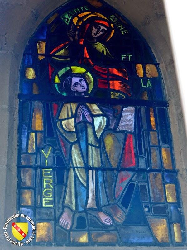 BAR-LE-DUC (55) - Pont Notre-Dame - Vitrail Vierge et Sainte-Anne