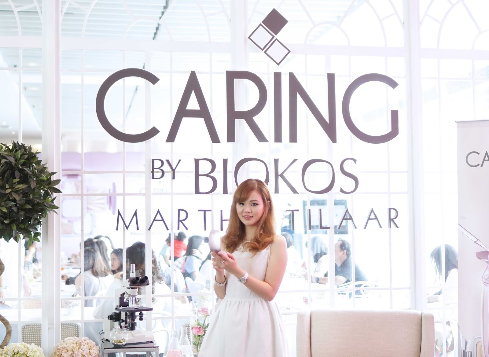 caring, caring by biokos, review, two way cake, caring two way cake, dual action cake, drugstore, makeup, makeup indonesia, makeup murah
