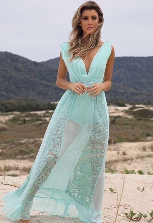 vestido de festa com transparência praia