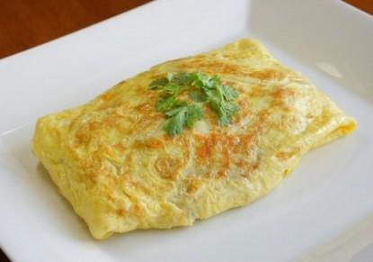 طريقة عمل أوملت البيض مع جبنة البارميزان