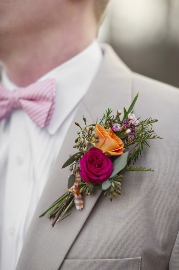 bride+groom+boho+bohemian+chic+orange+pink+yellow+rustic+valentine+valentines+day+february+winter+spring+wedding+cake+bouquet+petticoat+dress+gown+table+setting+floral+arrangement+centerpiece+tangerine+melissa+mccrotty+photography+2 - The Valentine Ombre
