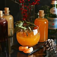 Satsuma-Mandarin-Shrub-Martini