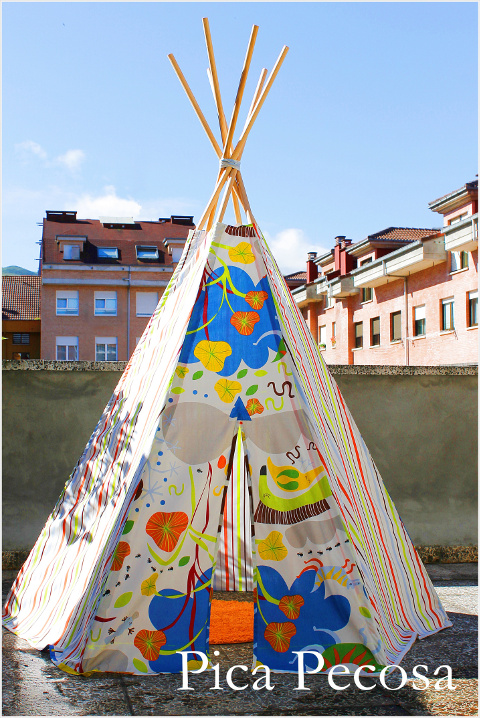 haz un tipi como el de los indios con una funda n rdica de ikea pica pecosa. Black Bedroom Furniture Sets. Home Design Ideas