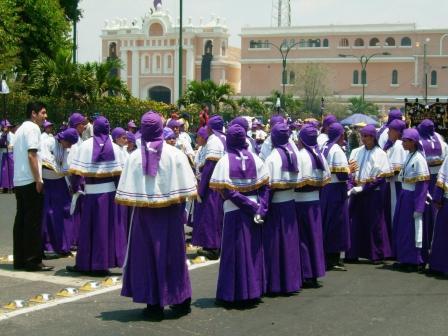 Cucuruchos - Semana Santa Guatemala