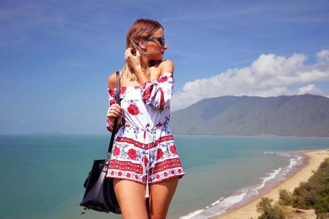 blue sea summer fashion