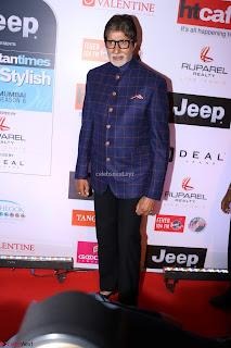 Red Carpet of Most Stylish Awards 2017 ~ Amitabh Bachchan (2).JPG
