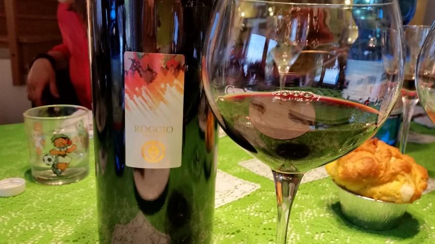 Vino rosso Roggio Velenosi
