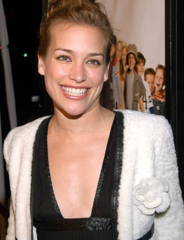 hollywood stars piper perabo - photo #25
