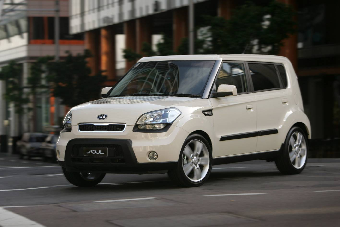 the best cars in the world 2012 kia soul pictures. Black Bedroom Furniture Sets. Home Design Ideas