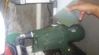 memancing pompa air