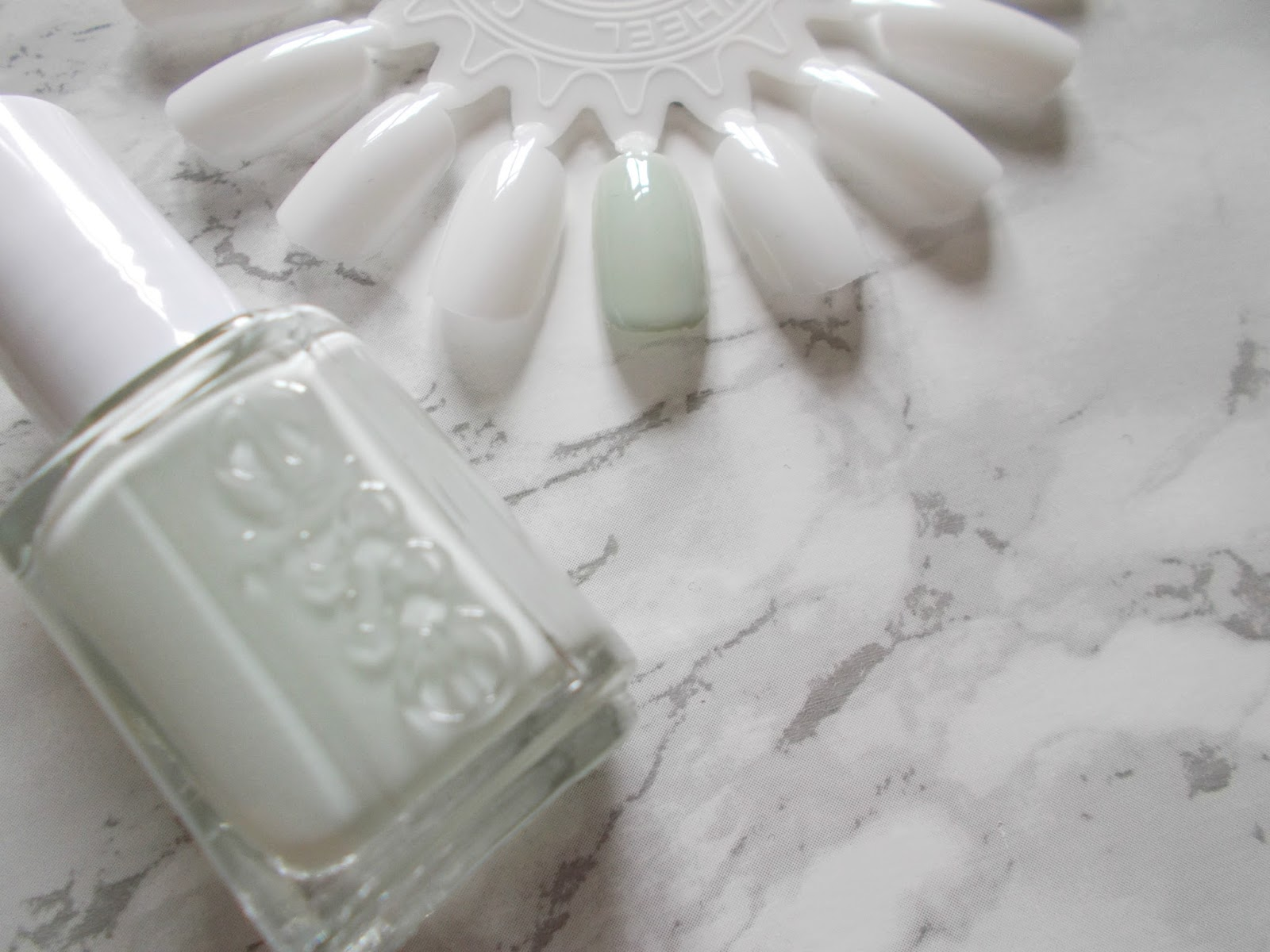 essie absolutely shore swatch pastel green nail polish